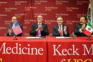 Anthony Bailey, vice president for strategic and global initiatives, Thomas Jackiewicz, chief executive officer, Keck Medicine of USC; Mayor Miguel Angel Mancera, Mexico City; JoséŽ Armando Ahued, secretary of health, from left (Photo/Ricardo Carrasco III)
